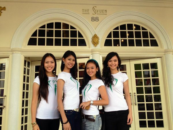 Top 4 MES 2012 at Syuen Hotel Miss Earth Malaysia 2012: Journey of our Environment Crusaders