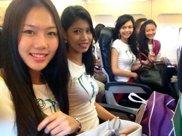 Top 4 MES just before takeoff Miss Earth Malaysia 2012: Journey of our Environment Crusaders