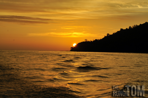 the hiding sun My Waterworld: Borneo Reef World